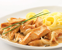 FRICASSEE DE VOLAILLE AUX CEPES